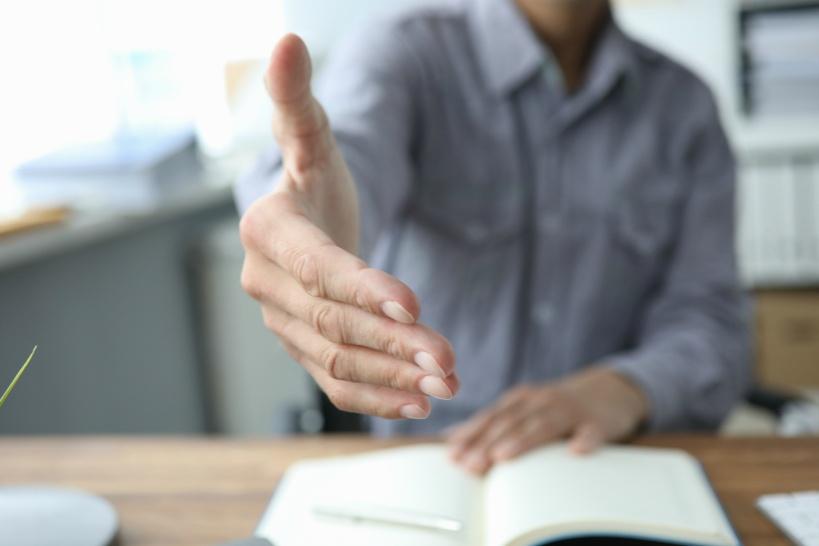 体験談から考える退職代行業者の良い点(メリット)と悪い点(デメリット)