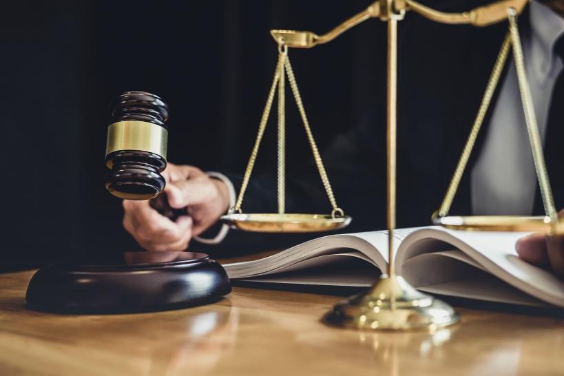 損害賠償及び裁判に発展した場合の保険の役割