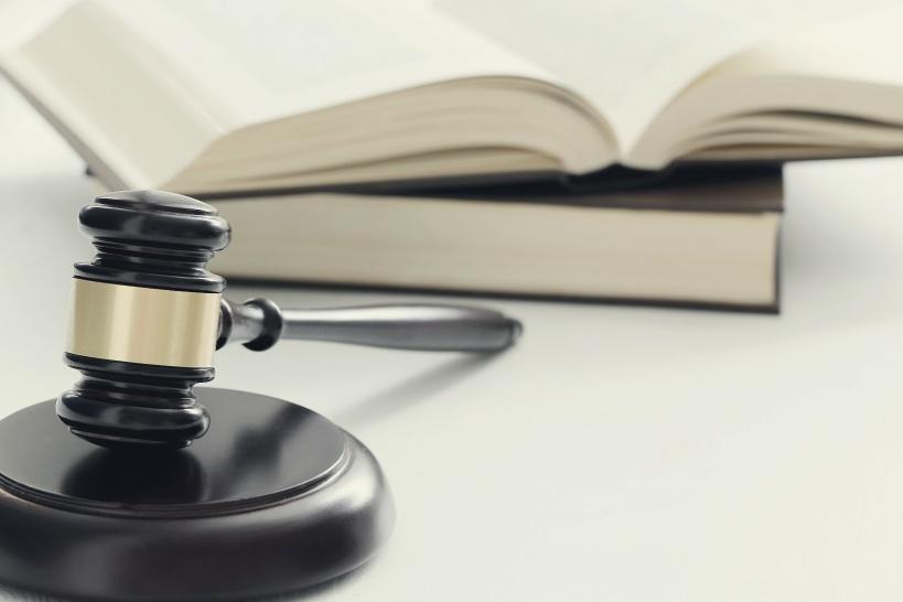退職できない場合:法律を味方につける