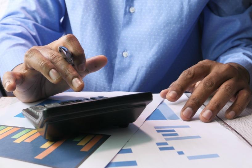 退職代行業者と弁護士の相場・値段感