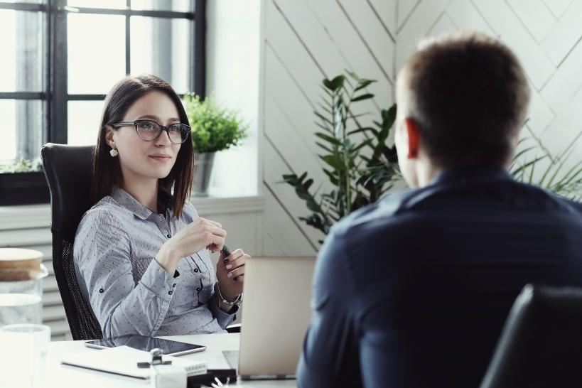 人間関係が心を折ることも。管理職が解決できない場合は退職がおすすめ