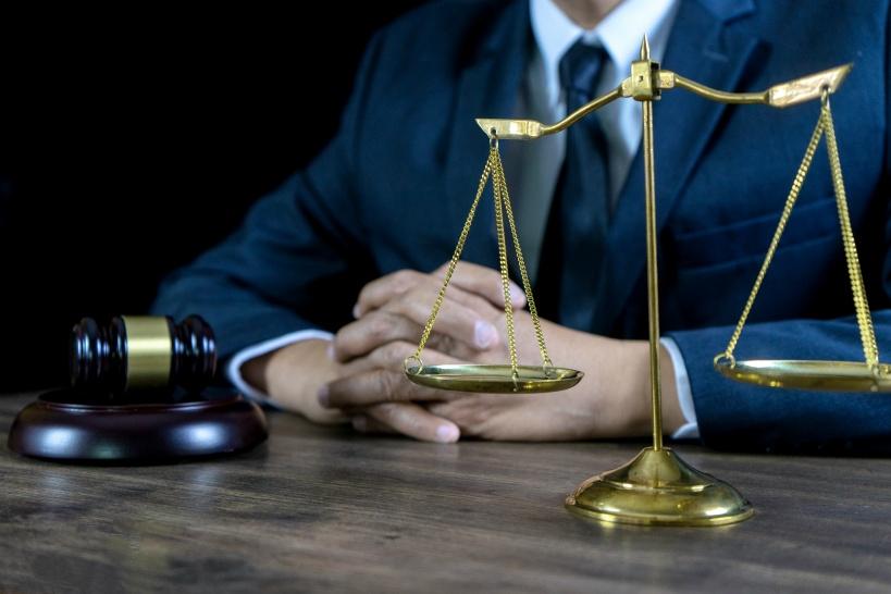 自衛隊もパワハラが多いため、悩んだ場合にはまずは弁護士に相談する