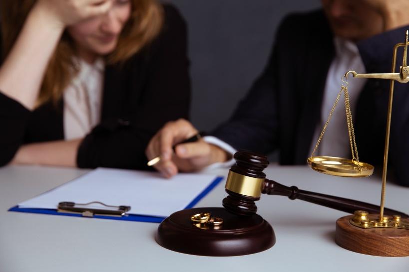 交渉する際にも弁護士が必要