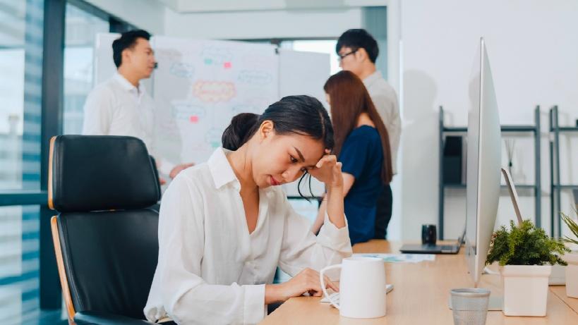学校を辞めるタイミング:11~1月の間に管理職に報告