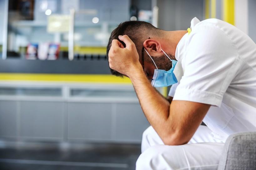 看護師におすすめしたい退職代行業者を紹介!パワハラ&訴えることも可能!