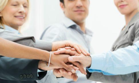 公務員が退職代行を利用する場合は弁護士に依頼すべき