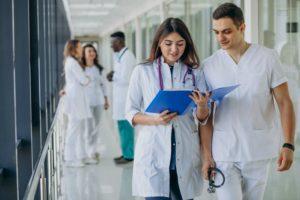 40代で看護師を辞めたい。退職後の転職は簡単?難しい?