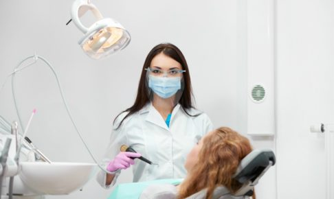 パワハラ・セクハラ!院長に目を付けられた歯科女子が明日から実行する手段