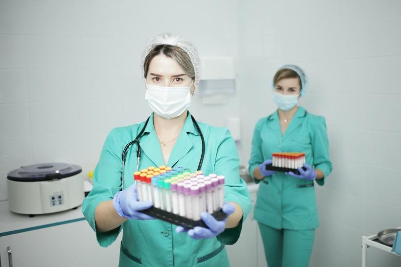 歯科医師にぴったり?メーカーの開発部門に従事