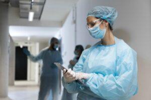 病院勤務の医者もパワハラに日々悩む。すぐにでも転職を