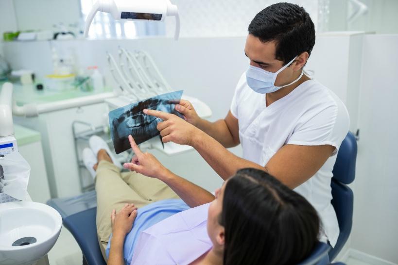 歯科医師や歯科衛生士が退職代行業者を必要とするパターン