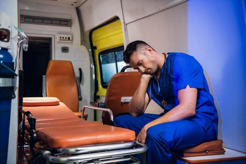 看護師のブラックな職場を紹介。過酷な仕事内容とは