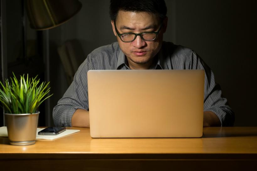 「仕事のせいでうつ病」は一石二鳥!プログラマーでおすすめの退職理由