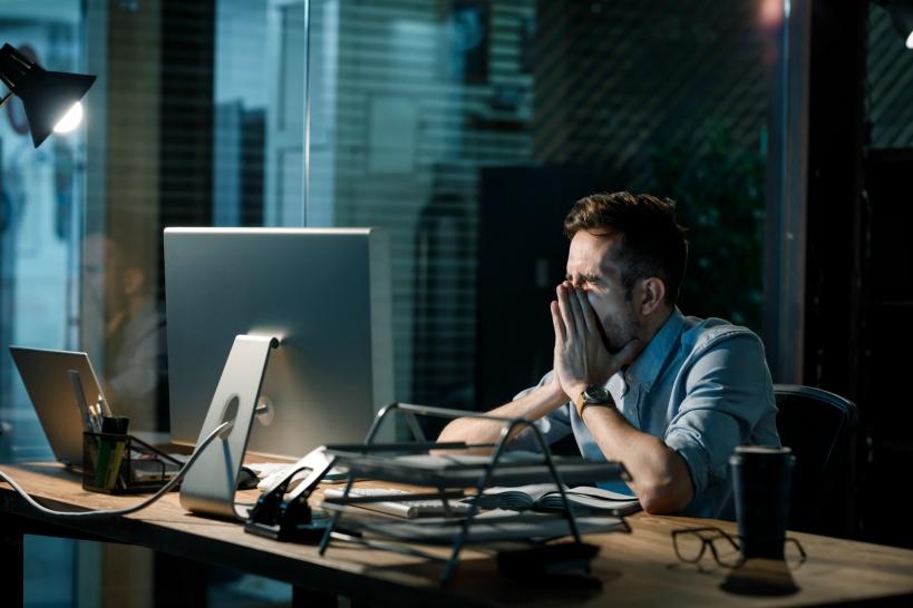 プログラマーは闇が深い。普通の退職理由では辞められない