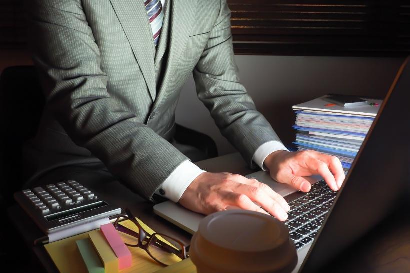 個人でブラック企業に立ち向かう辞め方は危険。退職代行に依頼する方法