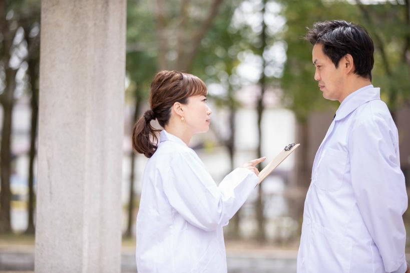 医者からパワハラを受けている看護師は必読。解決策をご案内