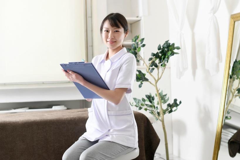 パワハラで苦痛を受ける看護師のとる道は?退職・慰謝料・証拠とり