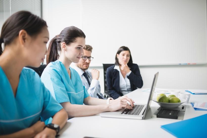 女医が現在の仕事を辞める場合のその後のキャリア