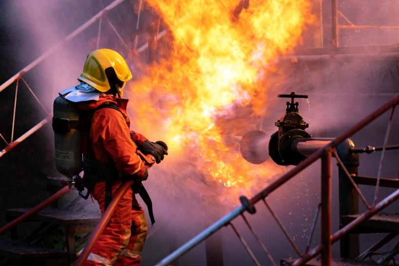 消防士を辞めるなら20~30代。それ以降の退職はもったいないかも