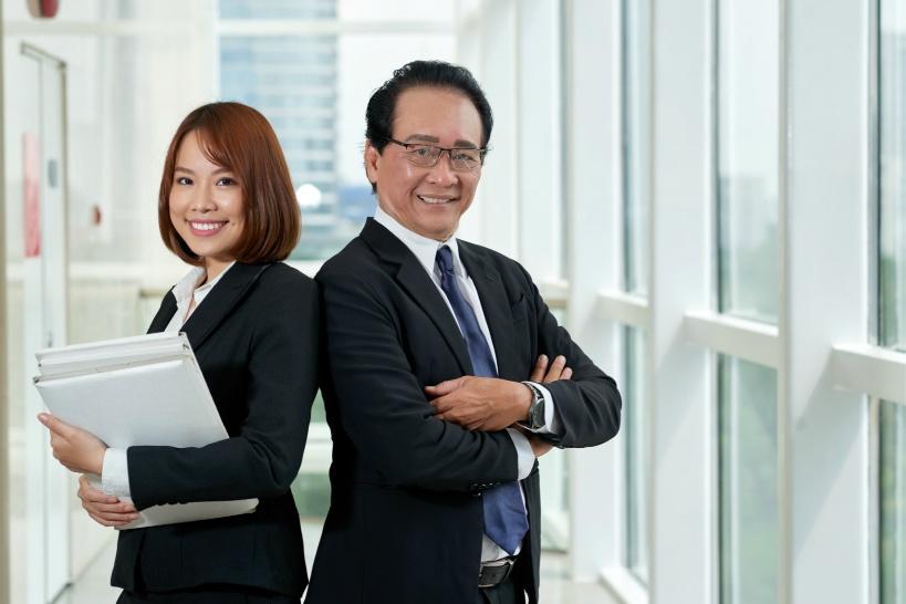 未払いの残業代の請求には弁護士の力が必要!話題の退職代行業者ではできない理由